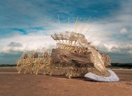 【札幌芸術の森美術館】テオ・ヤンセン展 イメージ画像